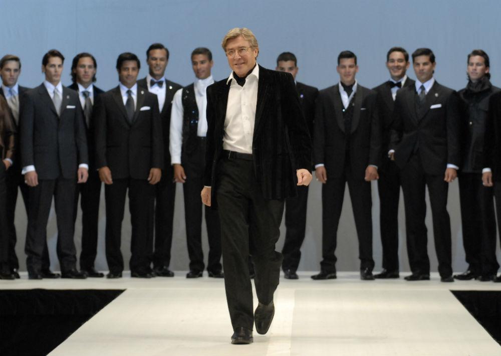 El diseñador siempre tuvo gran éxito en la creación de ropa masculina. (Archivo)