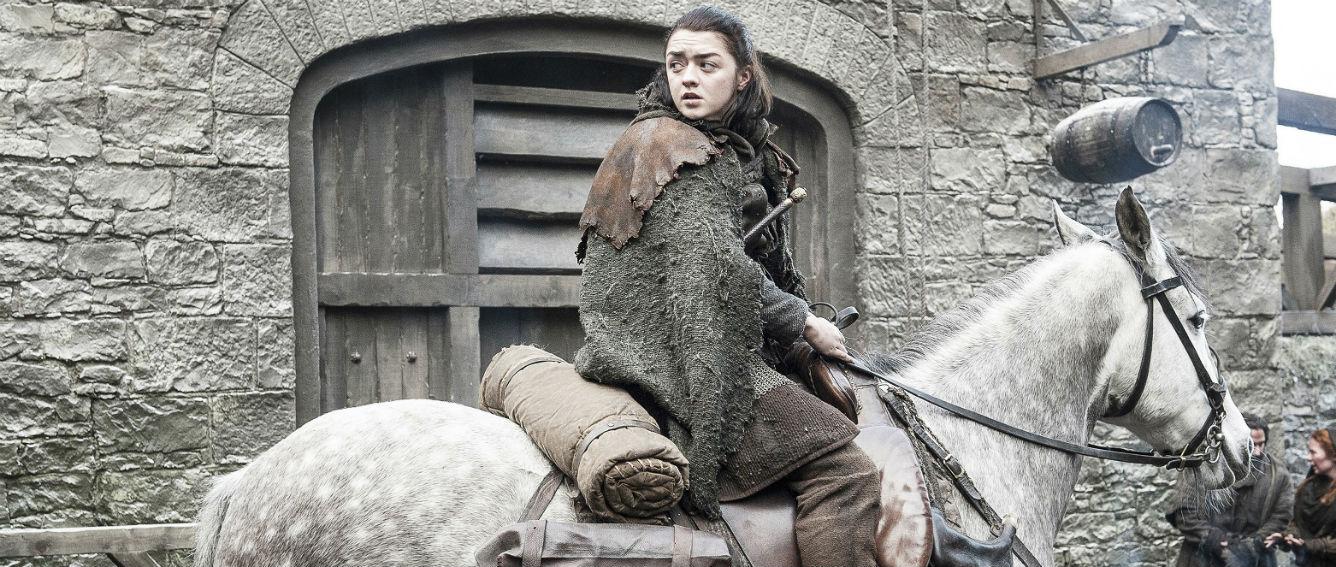 Arya, hermana de Sansa Stark, se ha convertido en una asesina que ha logrado poco a poco vengar la muerte de varios de sus familiares. (HBO/Helen Sloan/S7/Ep.2)