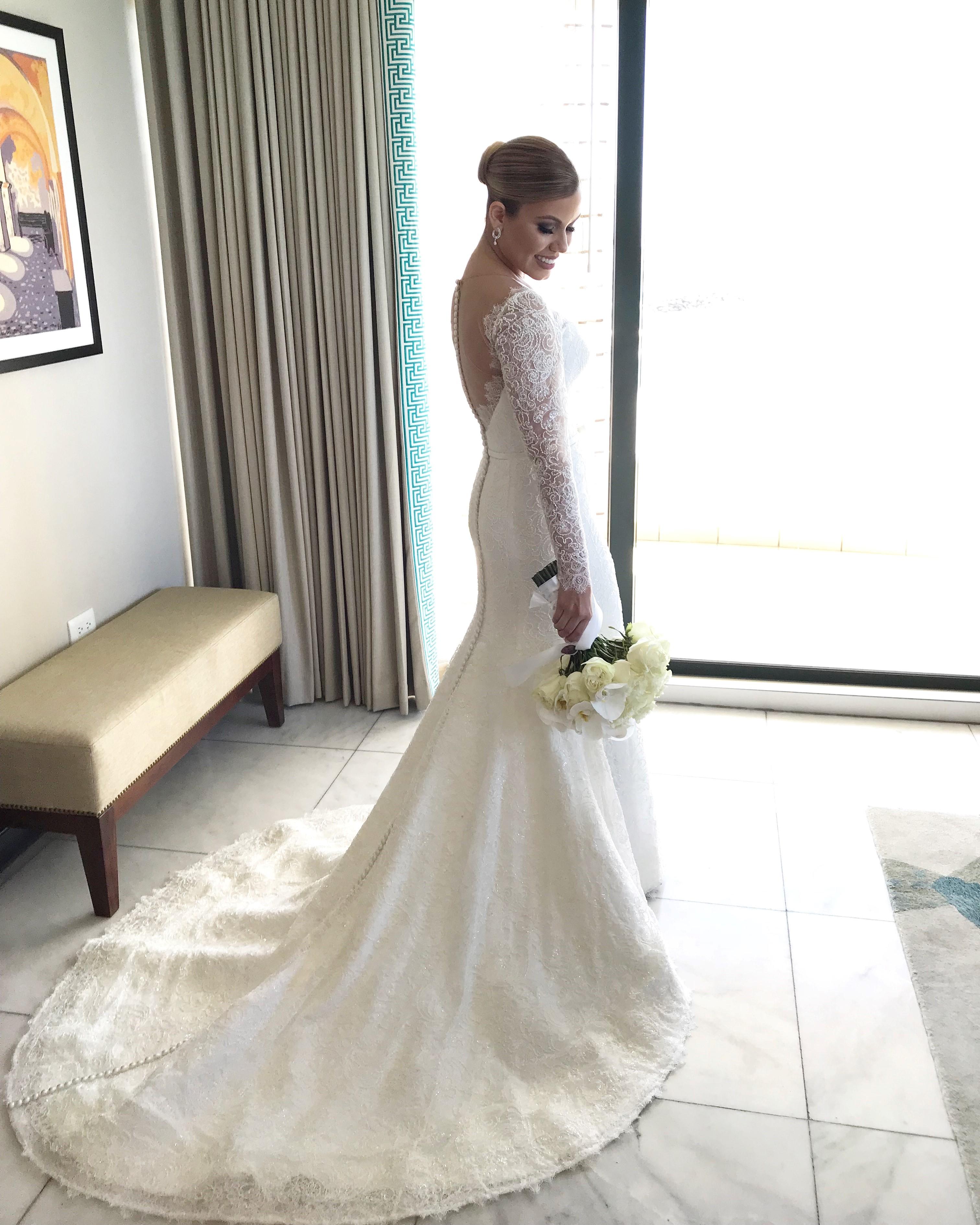 La reportera Sency Mellado seleccionó para su boda un vestido del diseñador Harry Robles. (Foto: Suministrada)