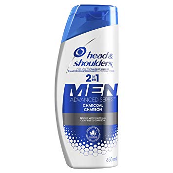 Head & Shoulders Men Charcoal Shampoo and 2-in-1. (Suministrada)