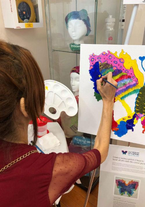 Darleen Savir también disfruta de la pintura. (Suministrada)