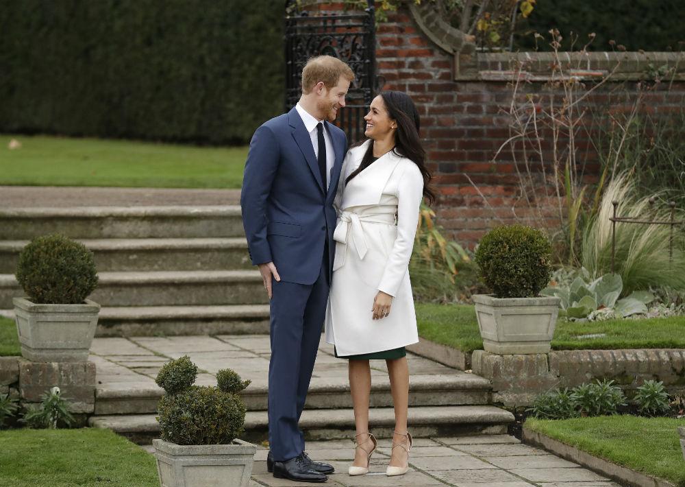 El anuncio de la oficina de Charles de Inglaterra, padre de William, explicó que la pareja se comprometió a principios de mes. (AP)
