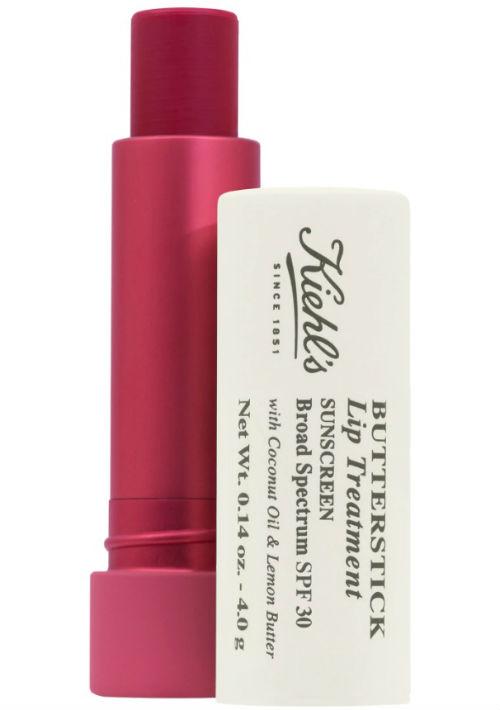 3. Protector de labios - Es una de las áreas más olvidadas al momento de protegerse contra el sol. Para evitar que se quemen, usa un labial con amplio espectro y reaplícalo durante el día. Kiehl's Since 1851 Butterstick Lip Treatment SPF 30. (Suministrada)