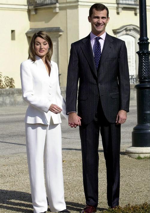 De la periodista que fue presentada como la prometida del príncipe aquella mañana del 6 de noviembre de 2003, en la foto, queda muy poco.