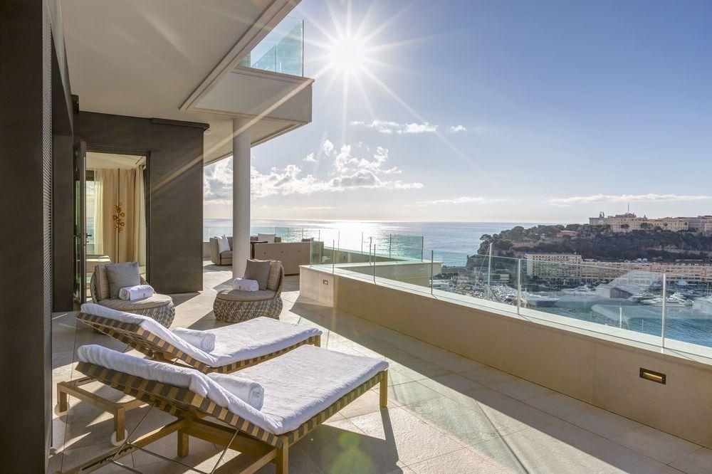 La estadía en la suite Príncipe Rainiero III incluye servicios como traslados VIP desde Niza en helicóptero. Foto suministrada.