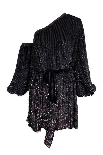 Vestido de un solo hombro, estilo Giselle de Olivia Boutique. (Suministrada)