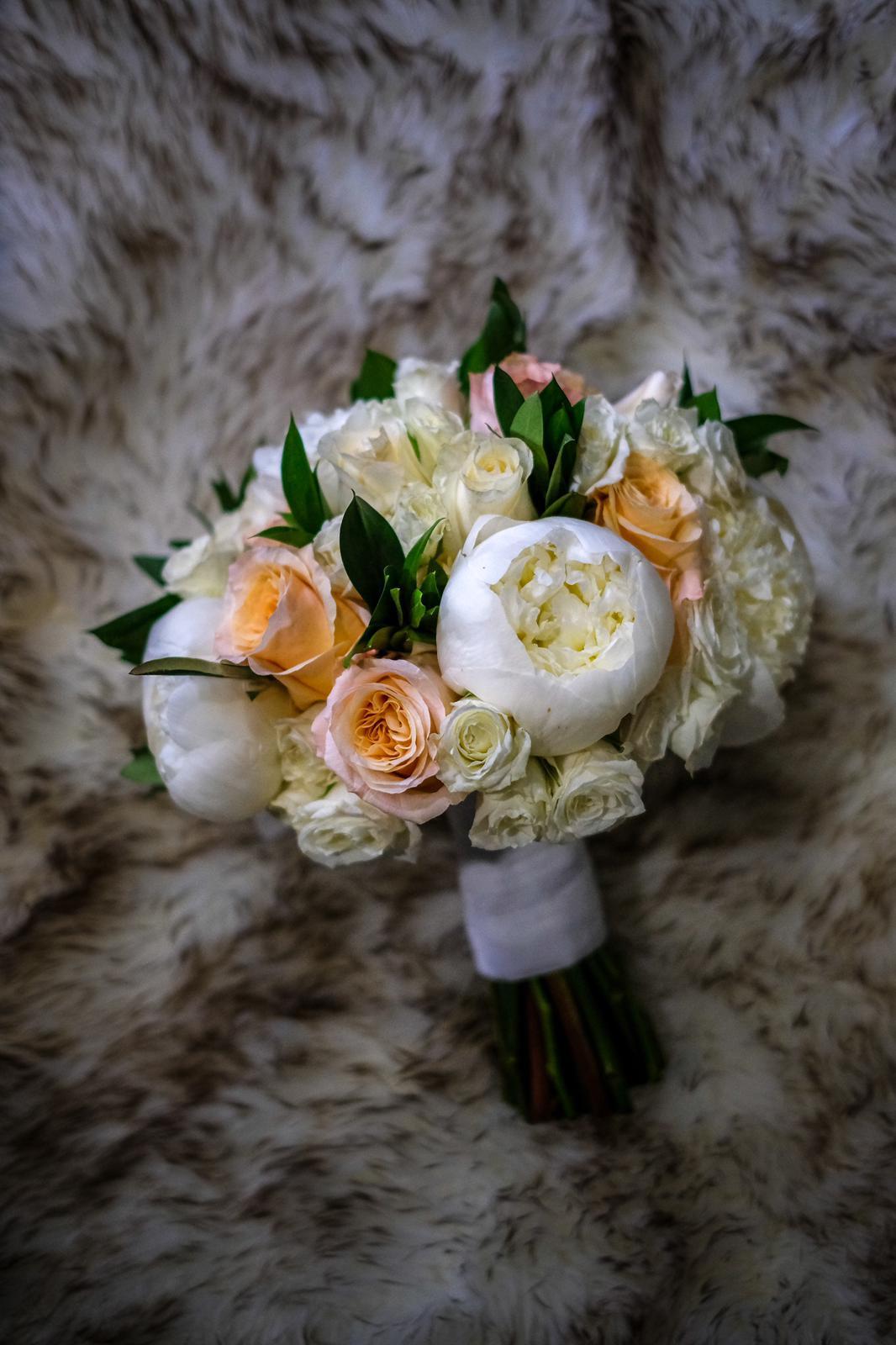 La decoración estuvo a cargo de Lorraine Flowers. (Foto: Emilio Leon Photography)