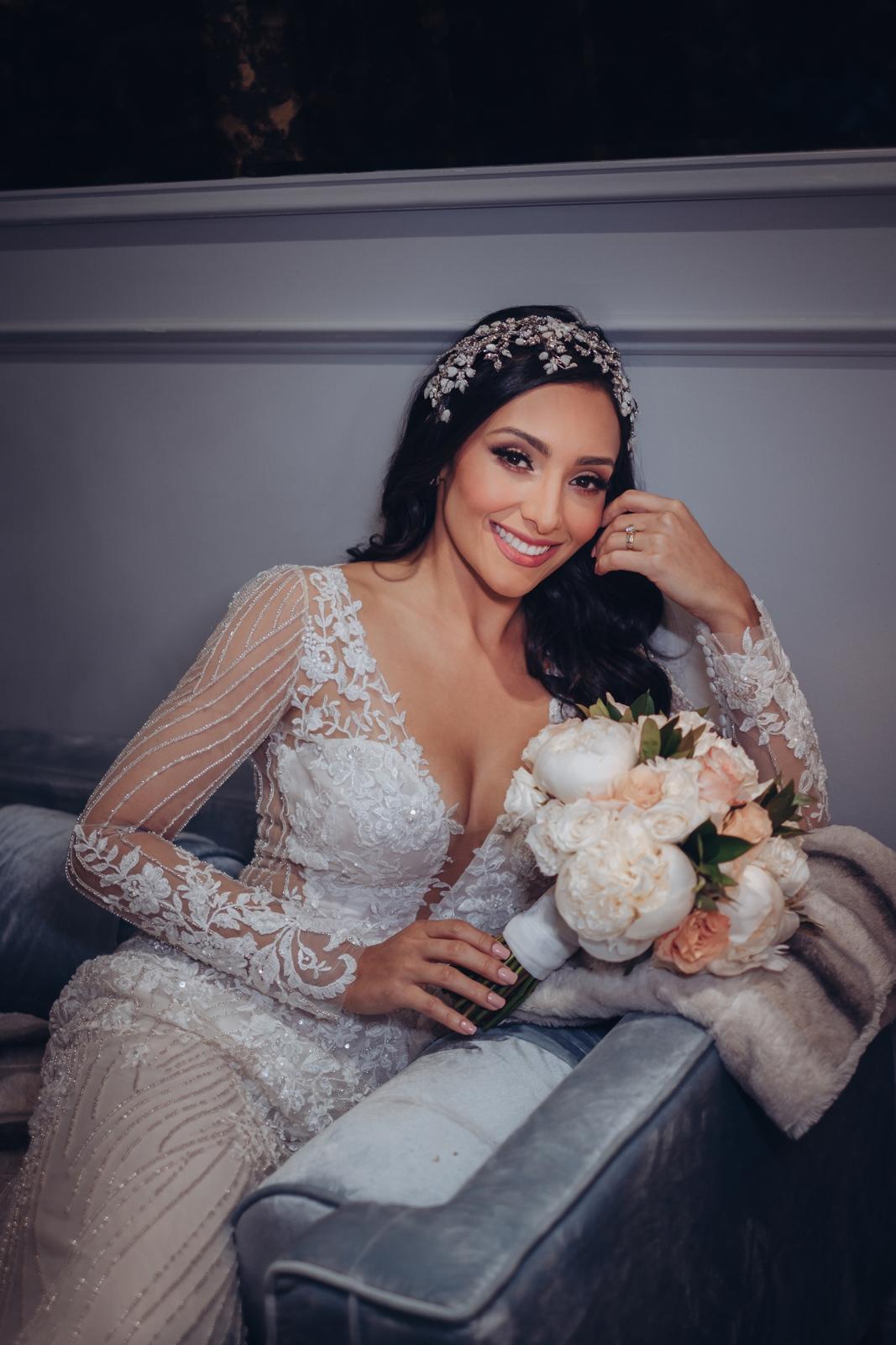 El arreglo de la novia fue realizado por Josy Andrades.(Foto: Emilio Leon Photography)