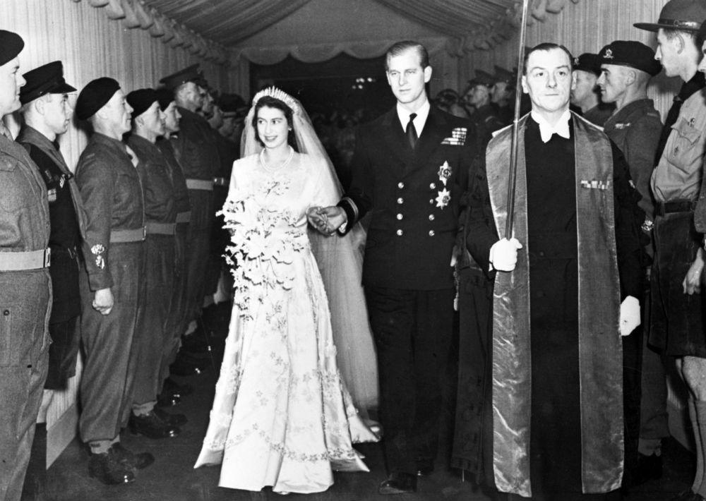 La reina es la primera monarca en la historia del país que celebra sus bodas de platino. (AP)