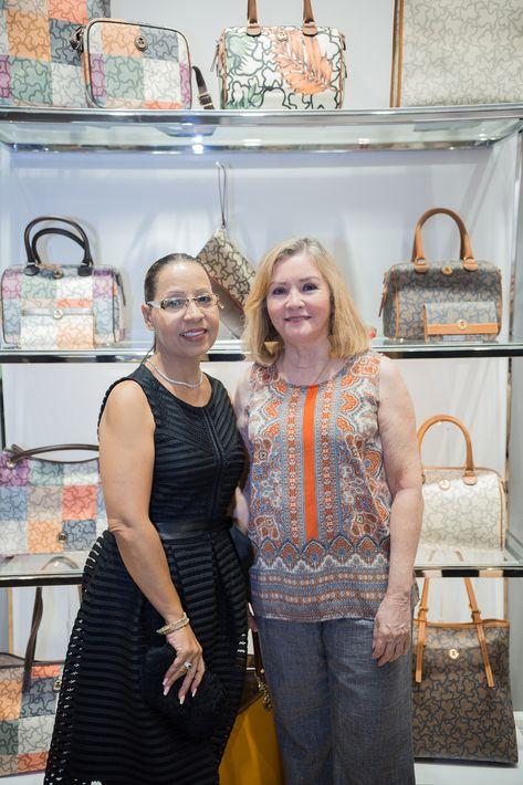 Josephine Cortés y Fanny Auz, en la apertura de la tienda Tous en The Mall of San Juan.