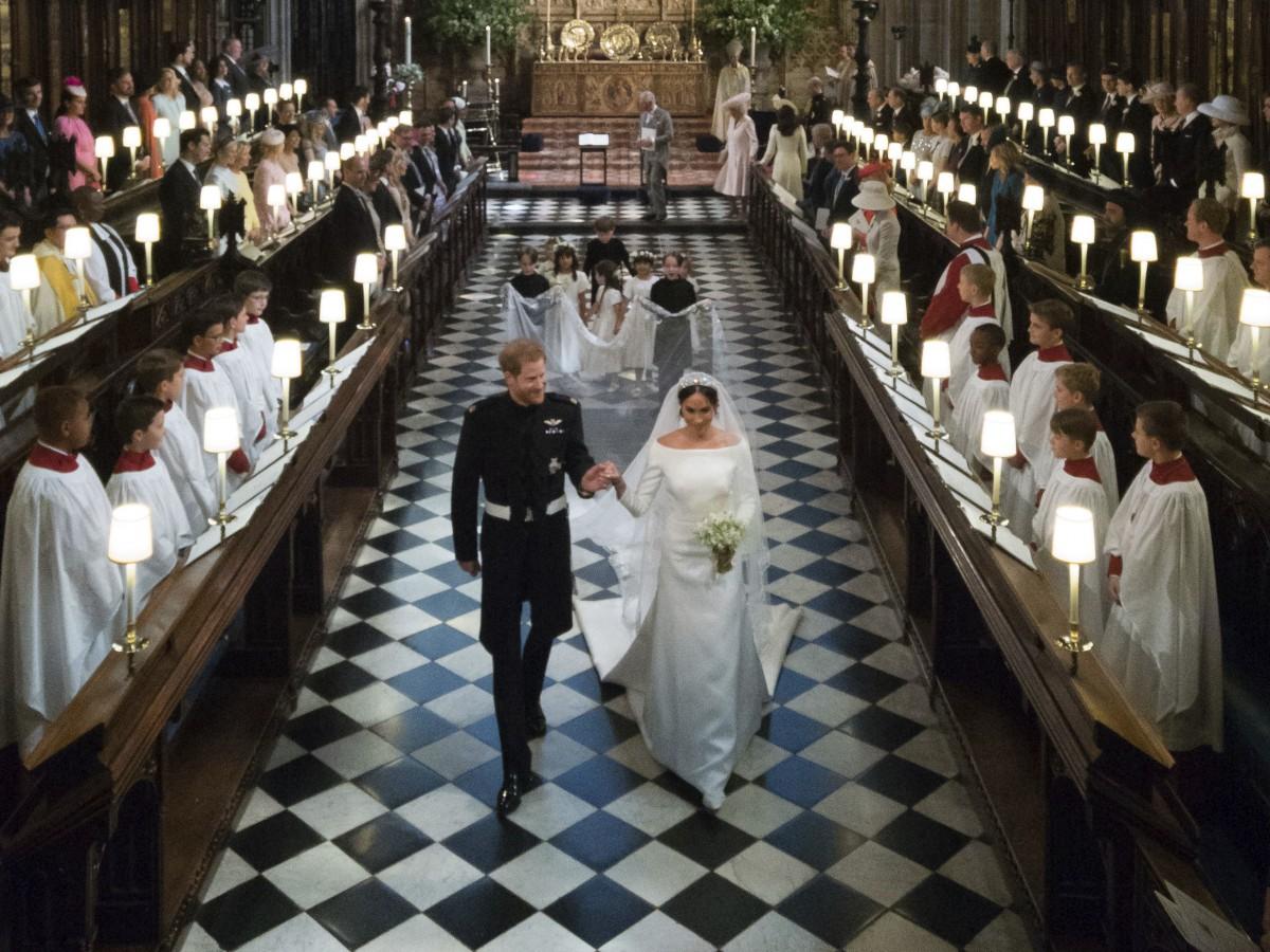 Meghan Markle y el príncipe Harry celebran su segundo aniversario de boda alejados de la familia real británica