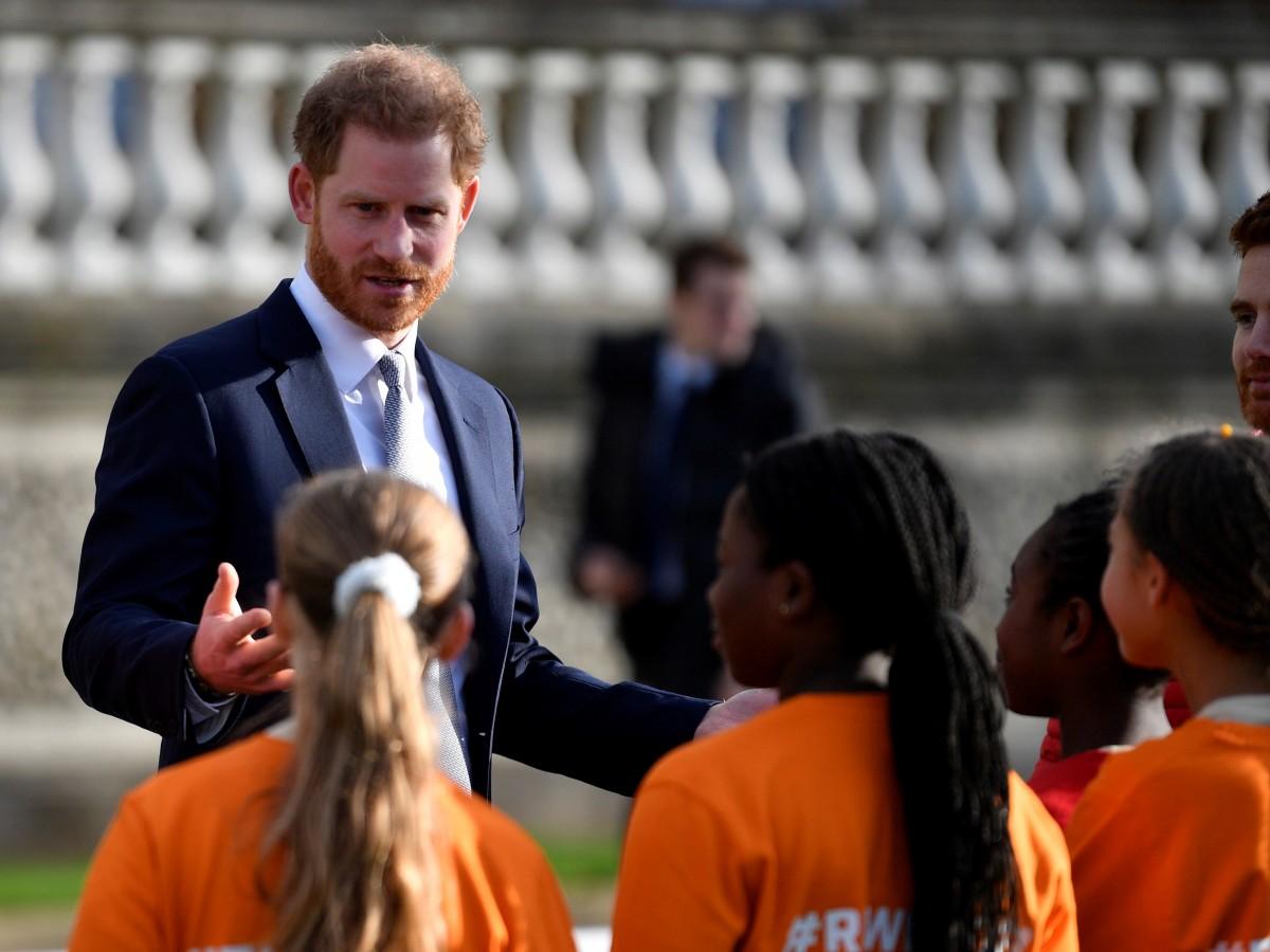 """""""Harry se ha convertido en un completo idiota"""", dice uno de los amigos del duque de Sussex"""