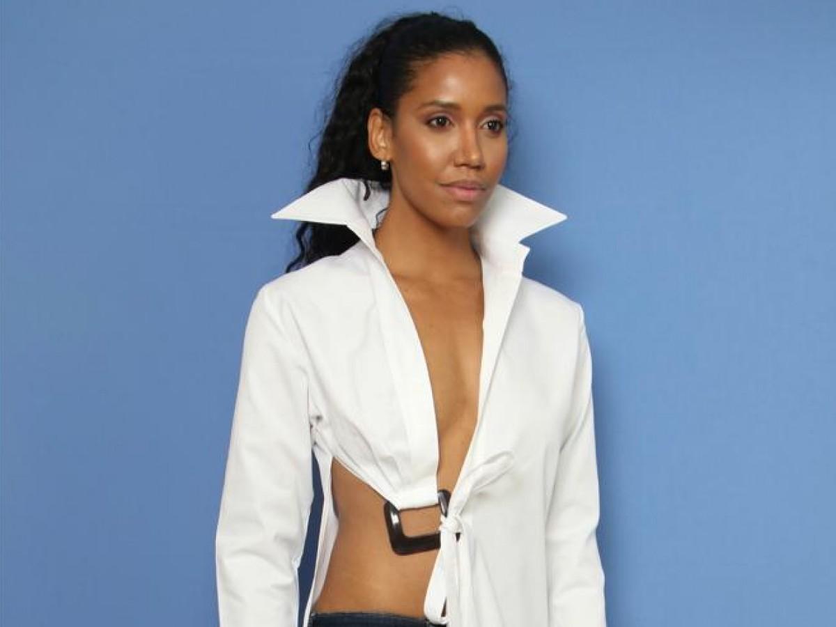 Nueva colección cápsula que destaca la belleza de la blusa blanca