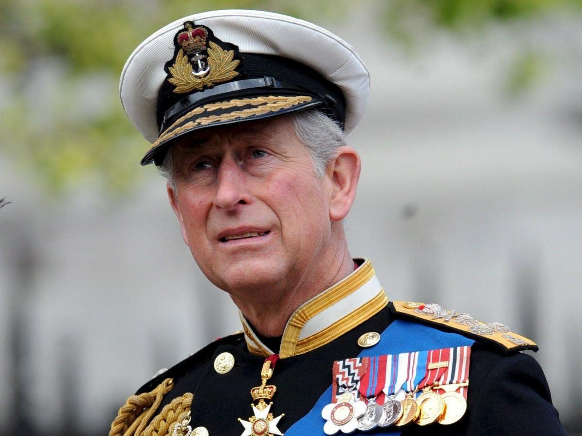 Charles no ledaráeltítulodepríncipeaArchie