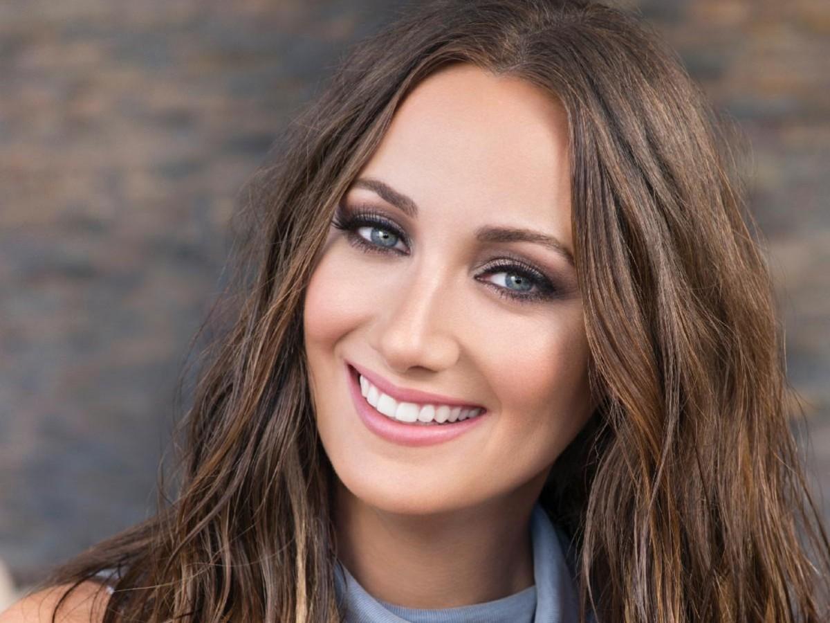 Karla Monroig se une a  Damarys Caro en un nuevo proyecto de belleza