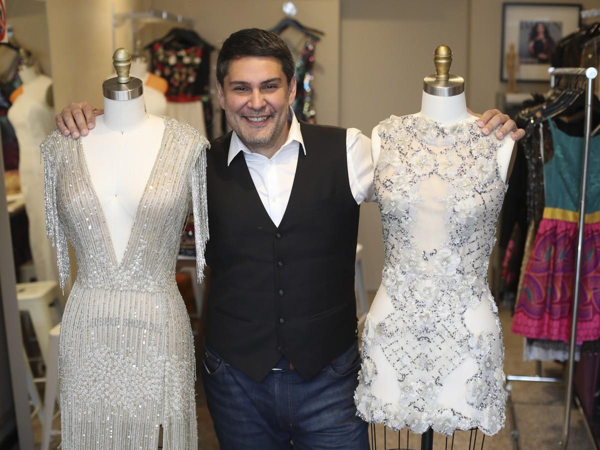 Marcos Carrazana también ofrecerá un gran inventario de telas en su tienda de San Juan