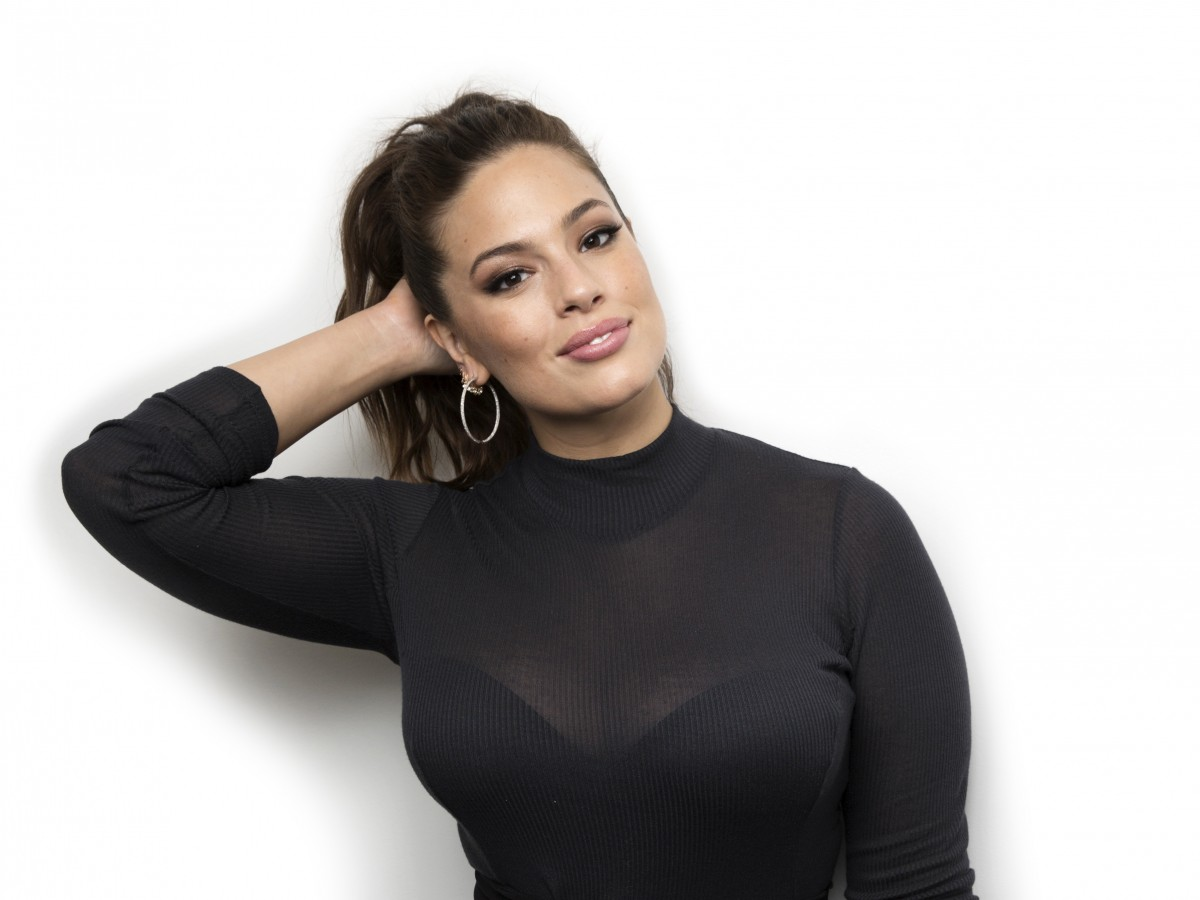 Ashley Graham anuncia que está embarazada