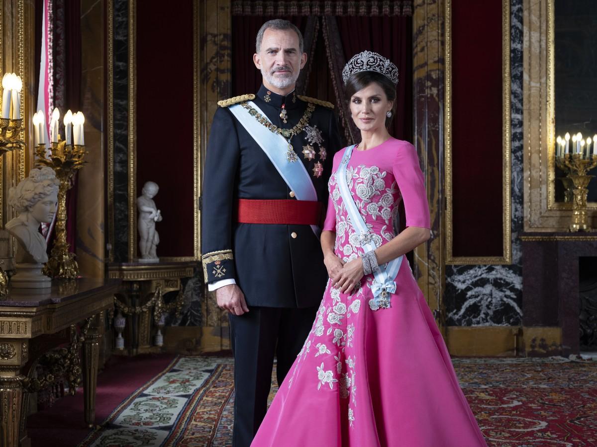 Los reyes de España y sus hijas estrenan fotos oficiales