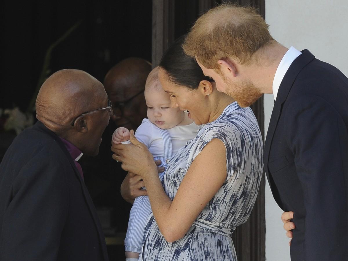 Así fue el primer acto oficial del bebé Sussex
