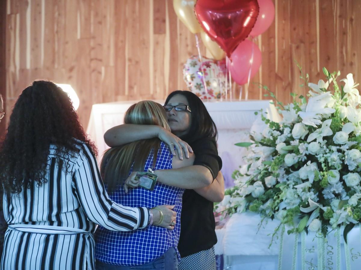 Dan el último adiós a Darleen Savir