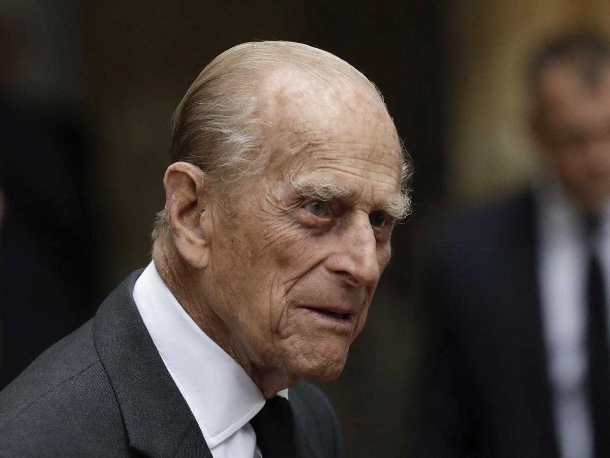 El príncipe Phillip de Edimburgo celebra sus 98 años en privado