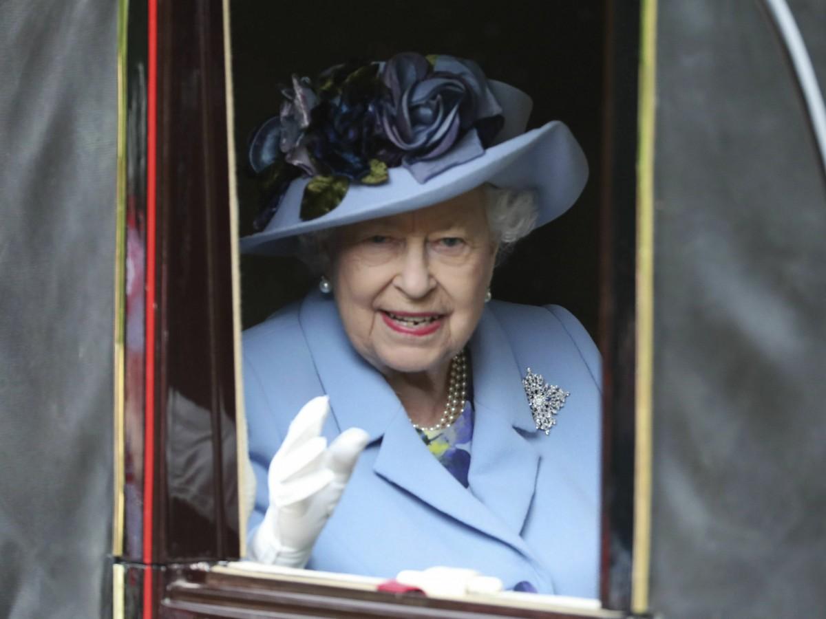 Reina Elizabeth II otorga el visto bueno a que Meghan y Harry comiencen un período de transición