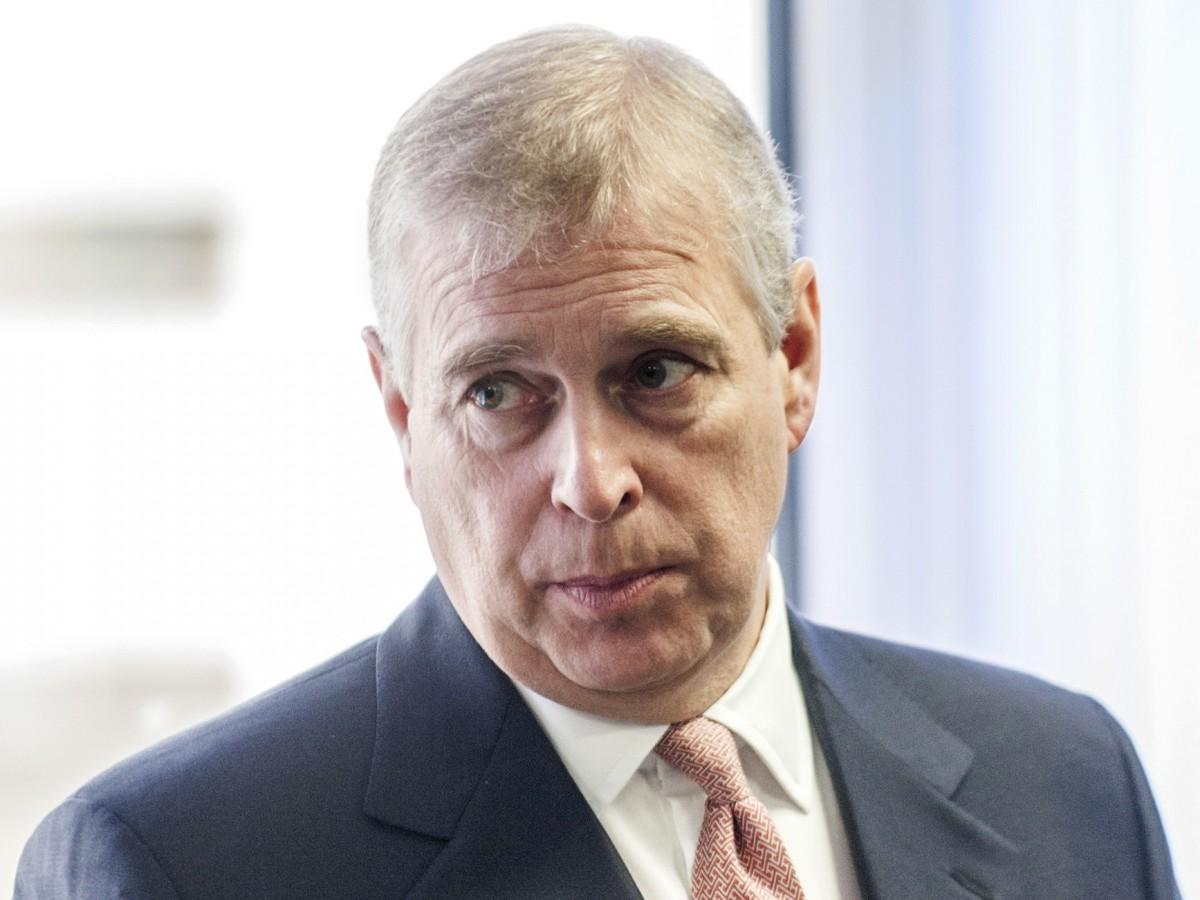 Abogada de presuntas víctimas de Epstein pide colaboración al príncipe Andrew