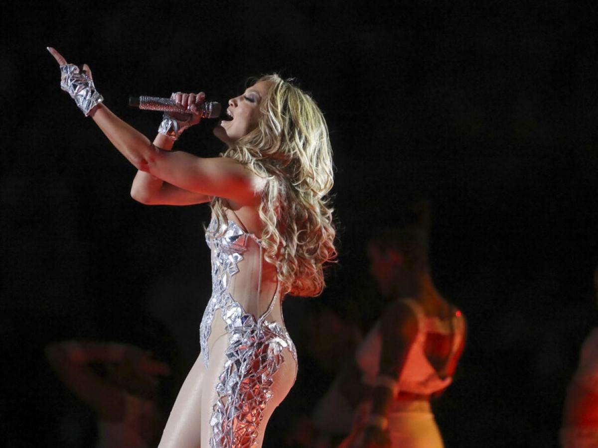 En detalle, cómo se preparó Jennifer López para su show en el Super Bowl