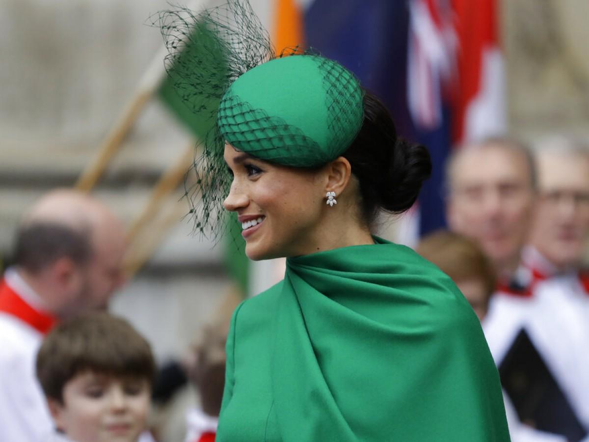"""Meghan y su estilismo de superheroína para despedirse como """"royal"""""""