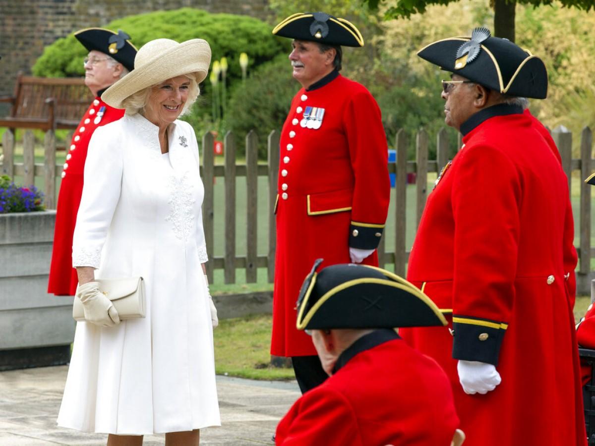 El príncipe Philip deja importante cargo en manos de Camilla Parker