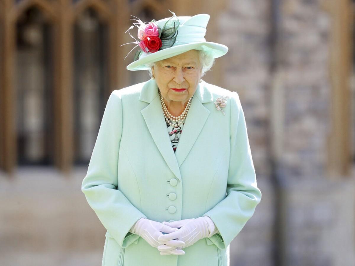 Aumentan rumores de que la reina Elizabeth II estaría cerca de abdicar