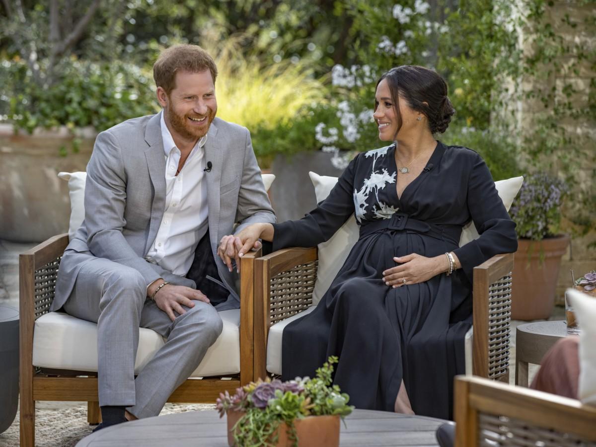 Entrevista de Meghan y Harry con Oprah estremece a la casa real británica