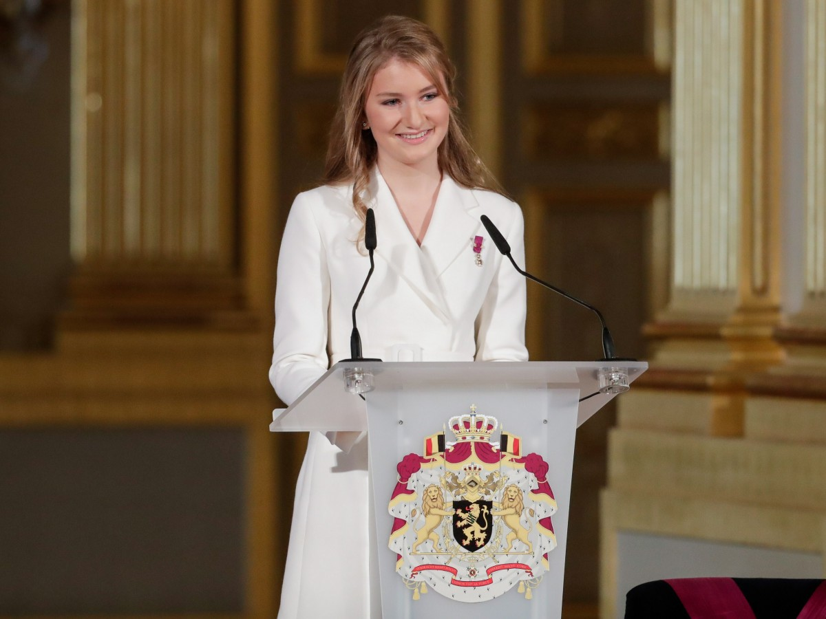 Elizabeth de Bélgica estudiará en una escuela militar