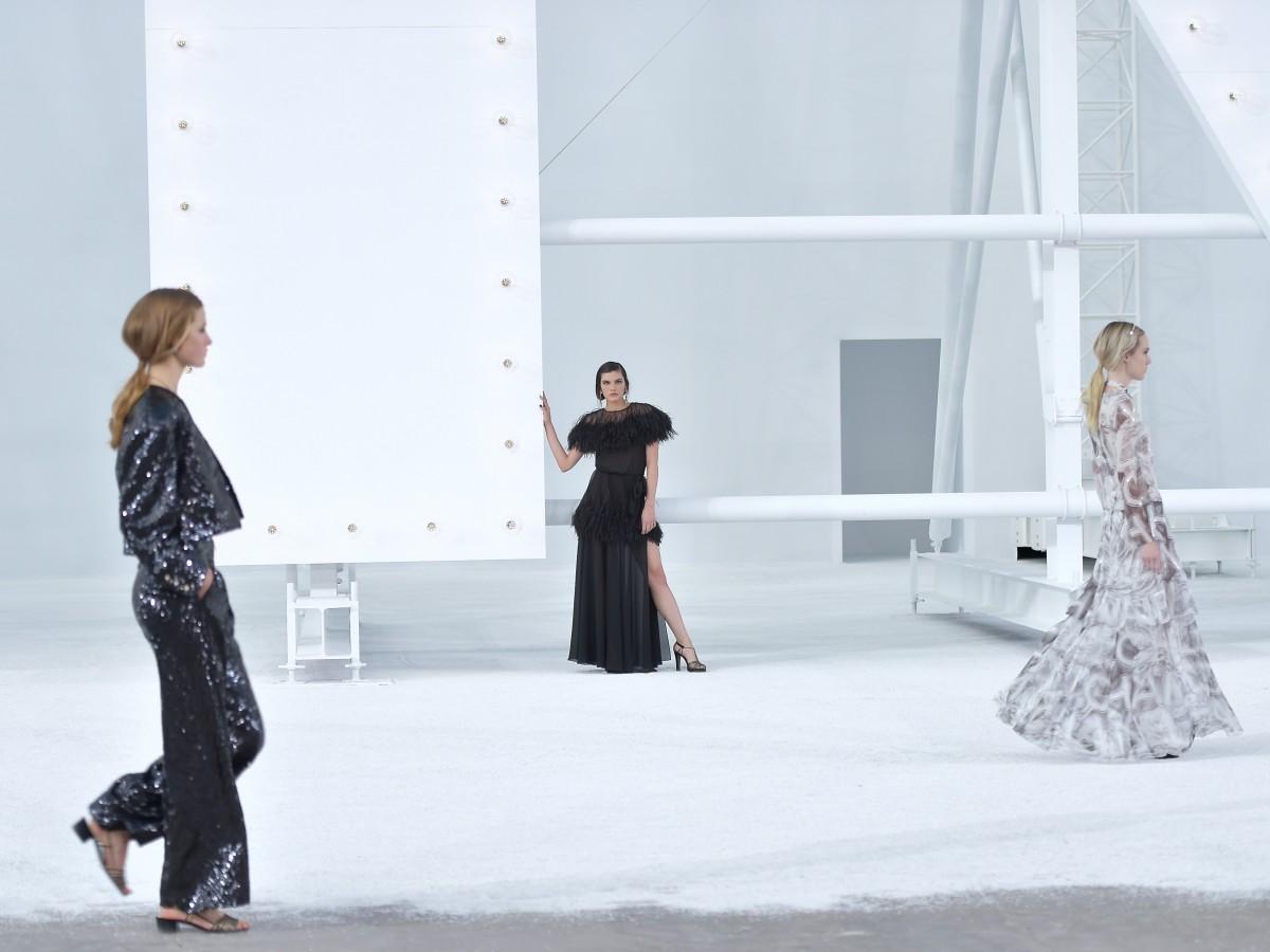 Chanel revive en la pasarela a las heroínas de la gran pantalla