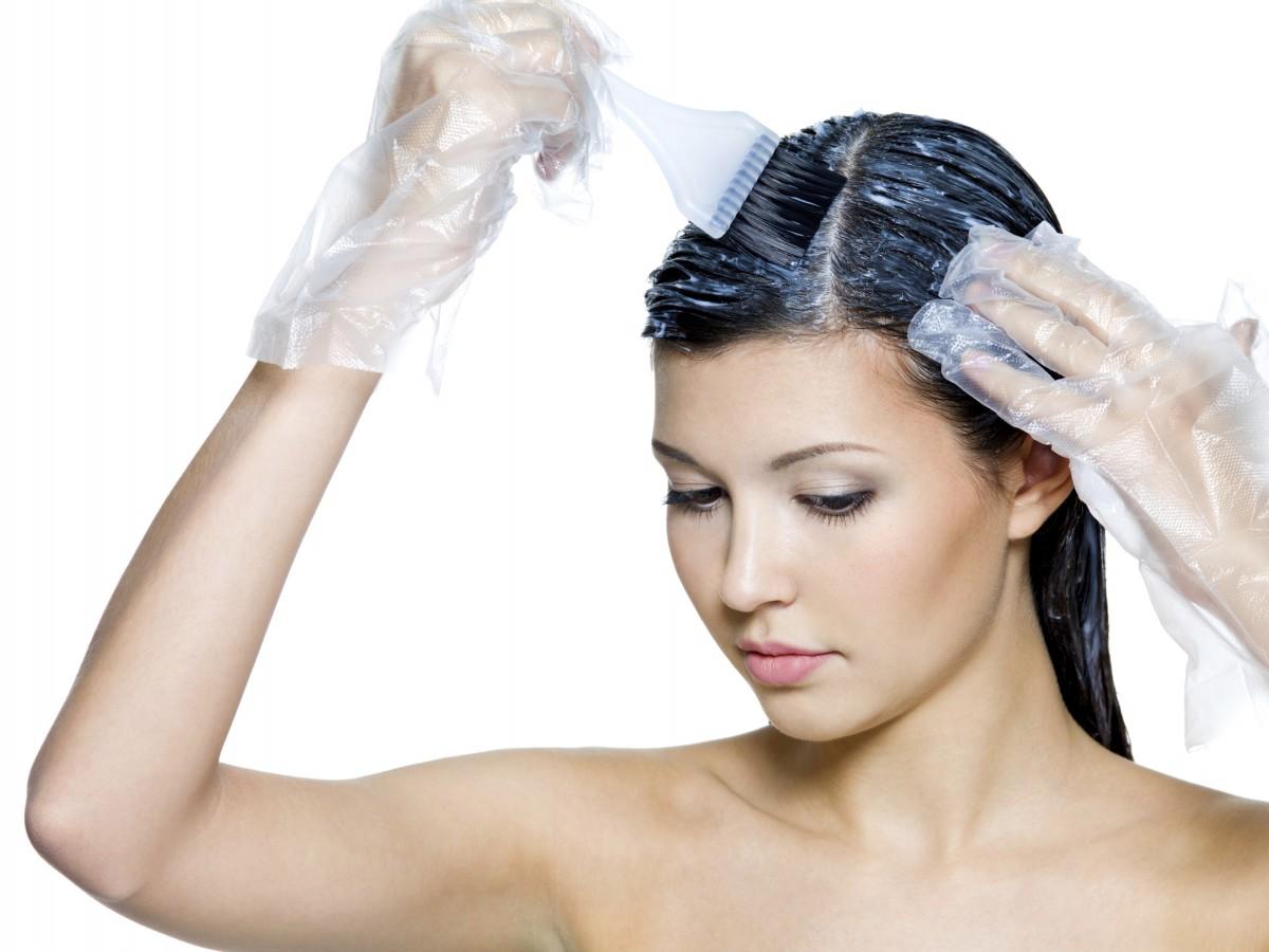 7 pasos para teñirte el cabello en casa