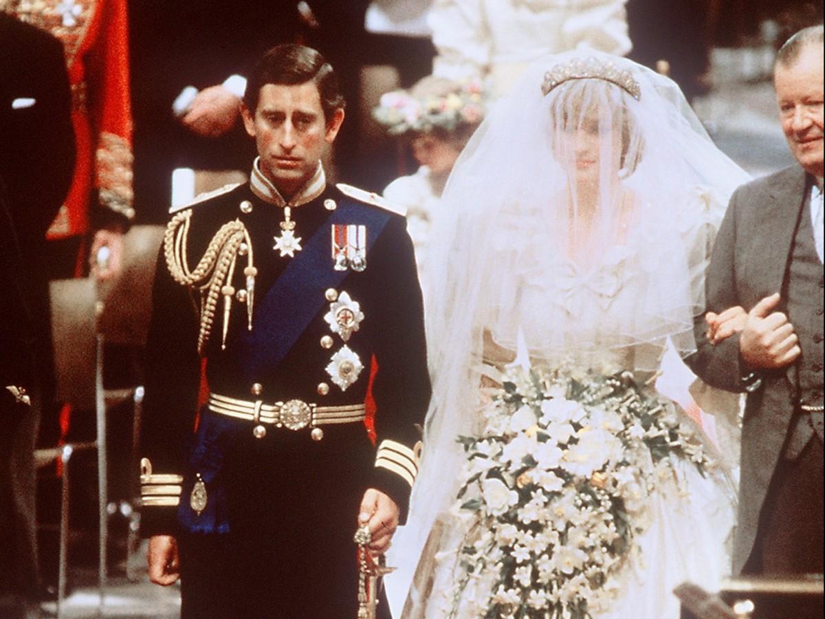 Vestido de novia de Lady Di se exhibirá por primera vez en 25 años