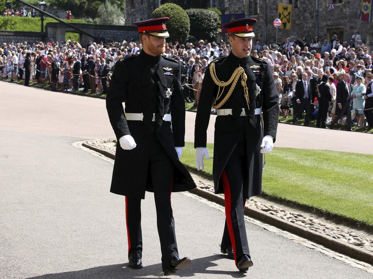 El gesto que confirma un acercamiento entre los príncipes Harry y William