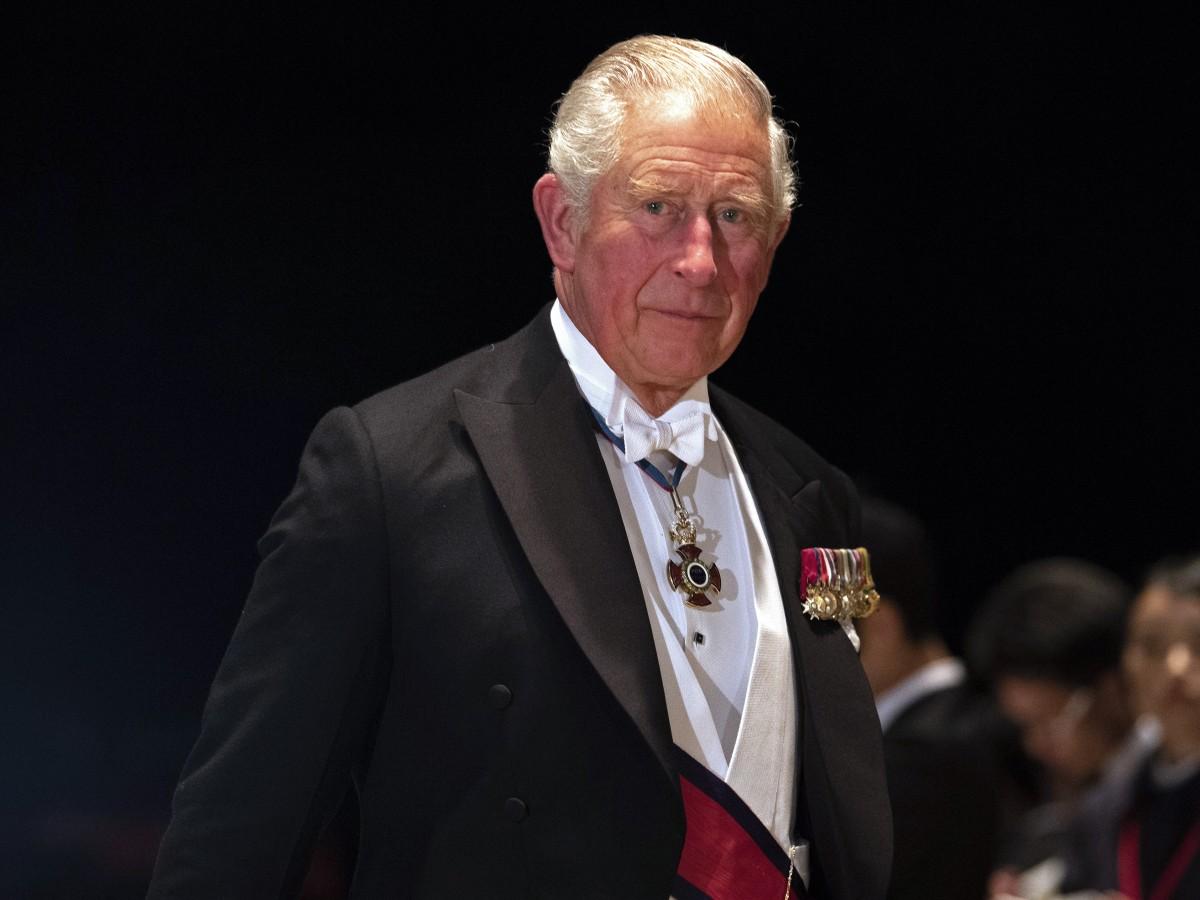 Exasistente del príncipe Charles es acusado de vender honores