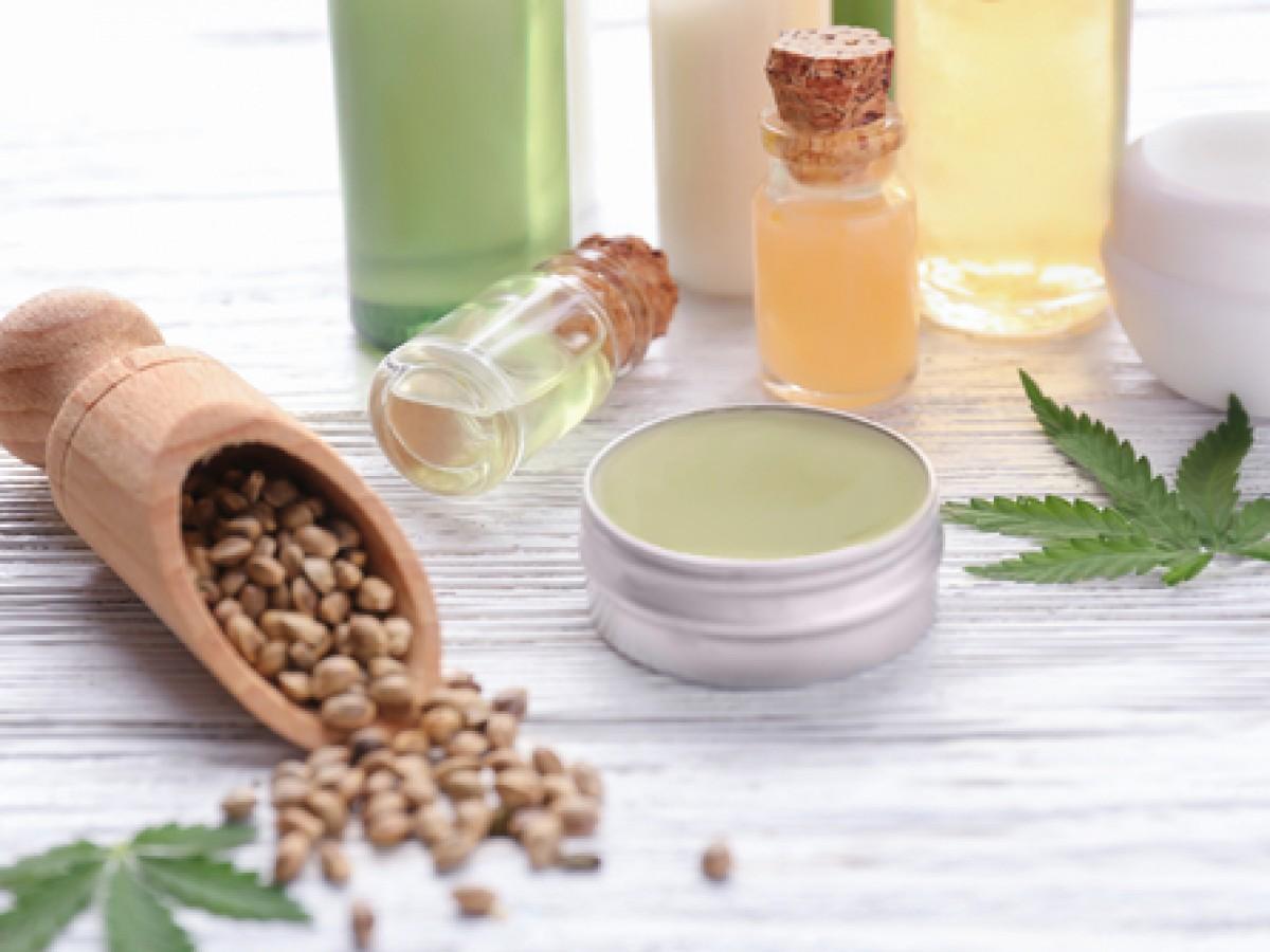 El cannabis: un ingrediente para embellecer la piel y el cabello