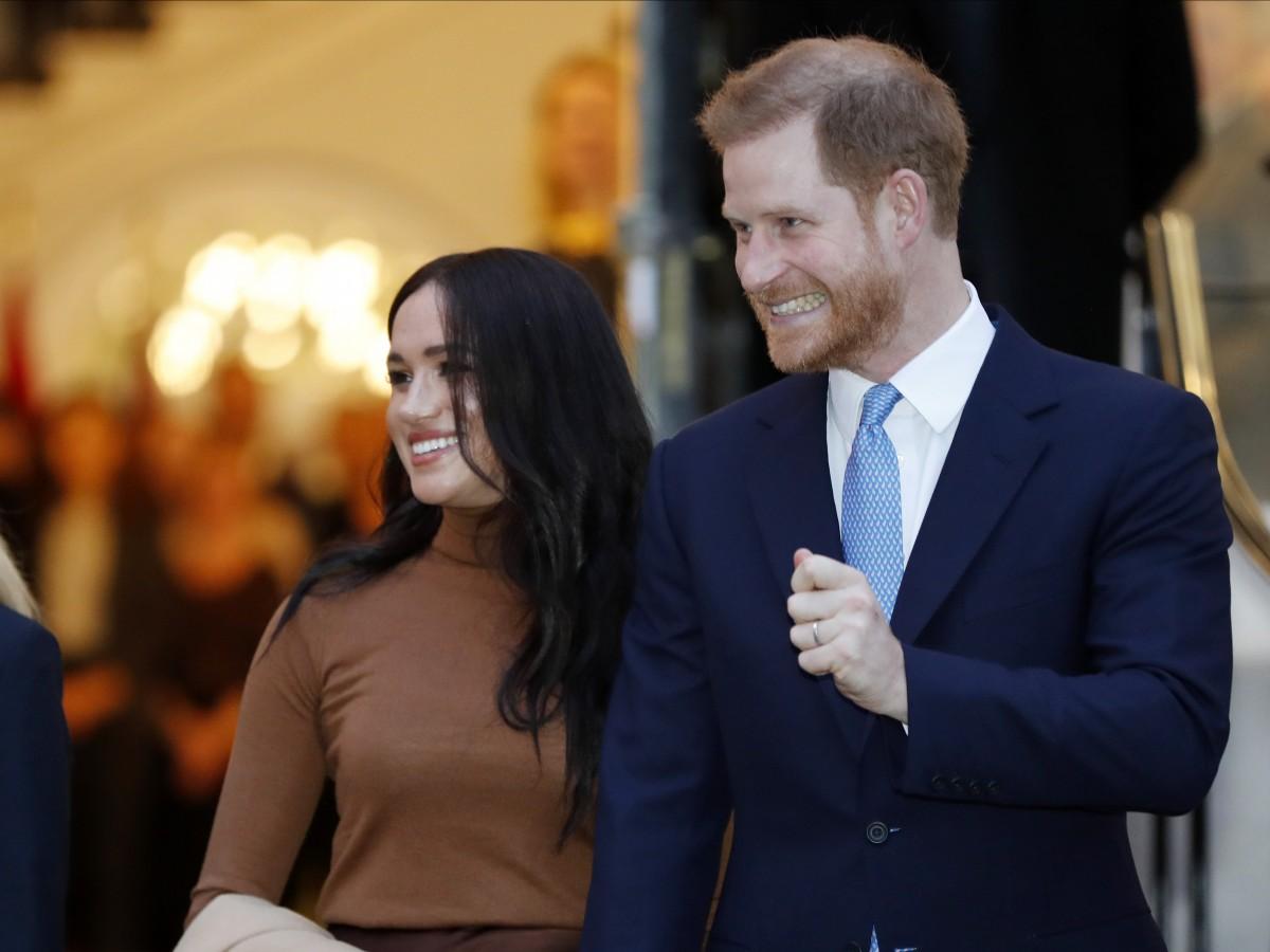"""Monarquía británica busca una """"solución factible"""" al """"Megxit"""""""