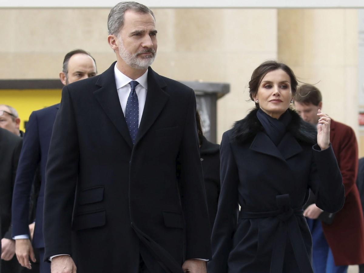 Los reyes de España se someten a la prueba para detectar el coronavirus