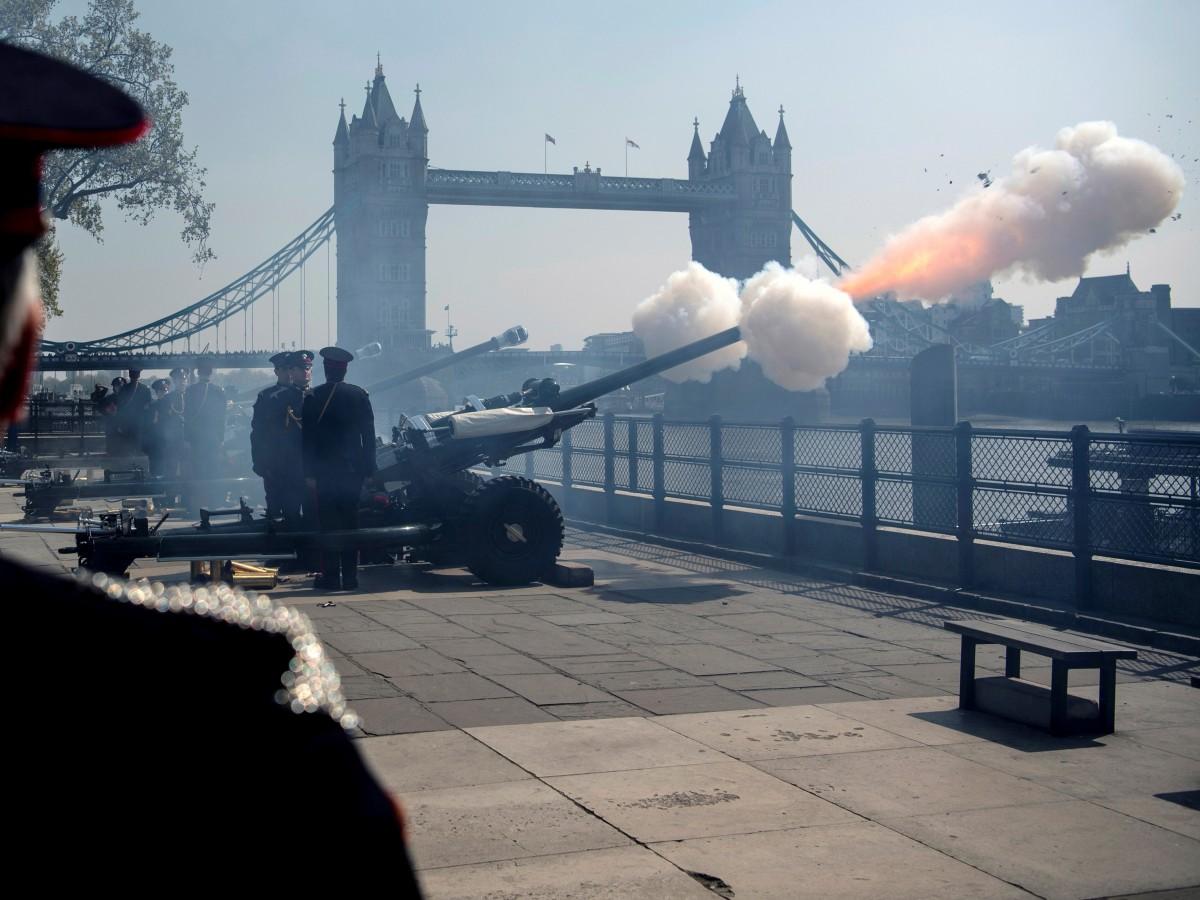 Ni salvas de cañón ni evento especial por los 94 años de Elizabeth II
