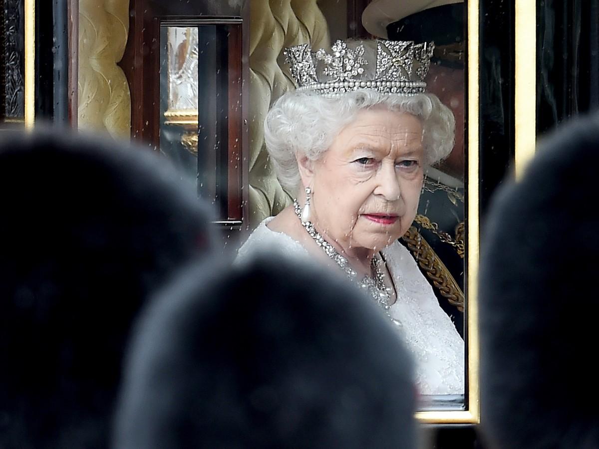 Desfiles y danzas para los 70 años de reinado de Elizabeth II