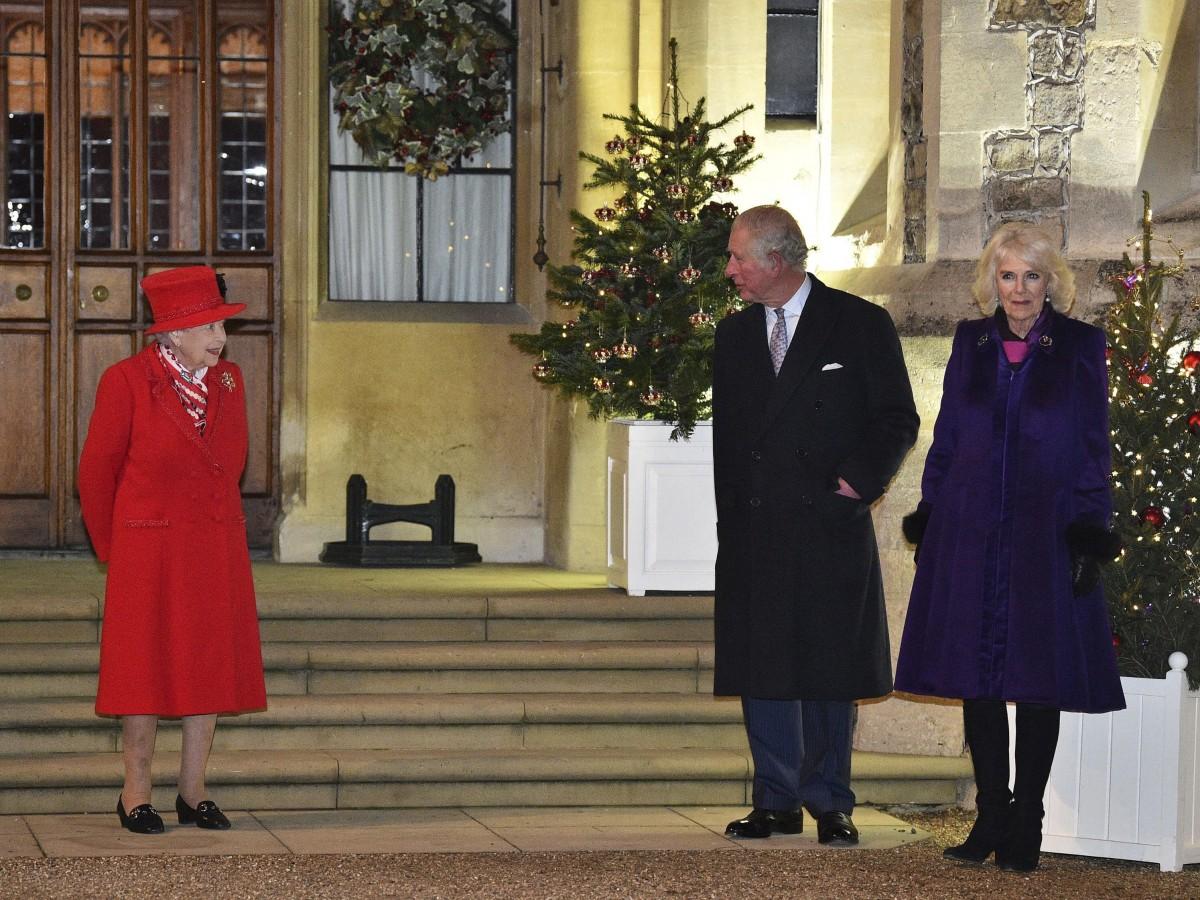 Elizabeth II se reencuentra con su familia en Windsor