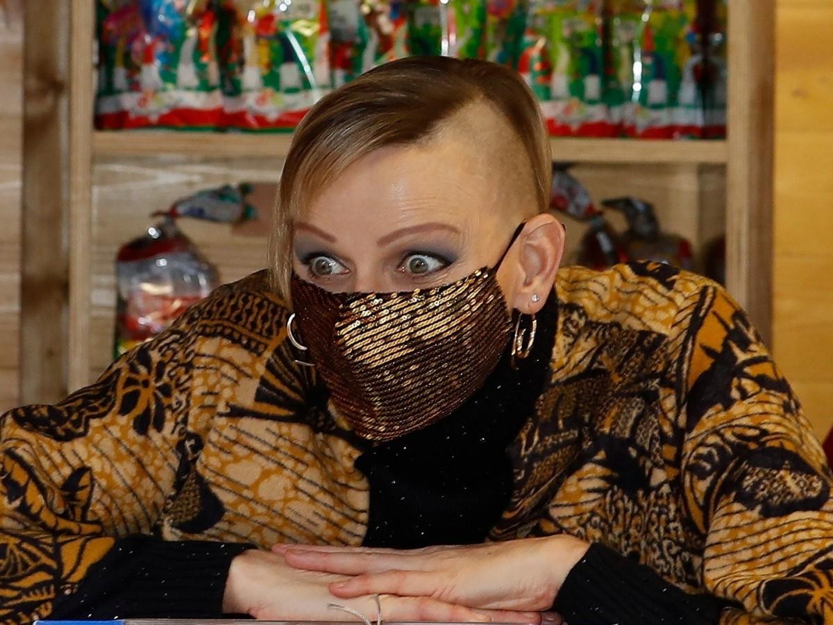 "El nuevo estilo ""punk"" de Charlene de Mónaco"