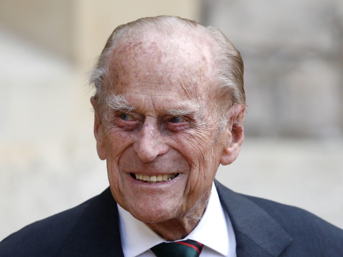 Hospitalizan al príncipe Philip de Inglaterra