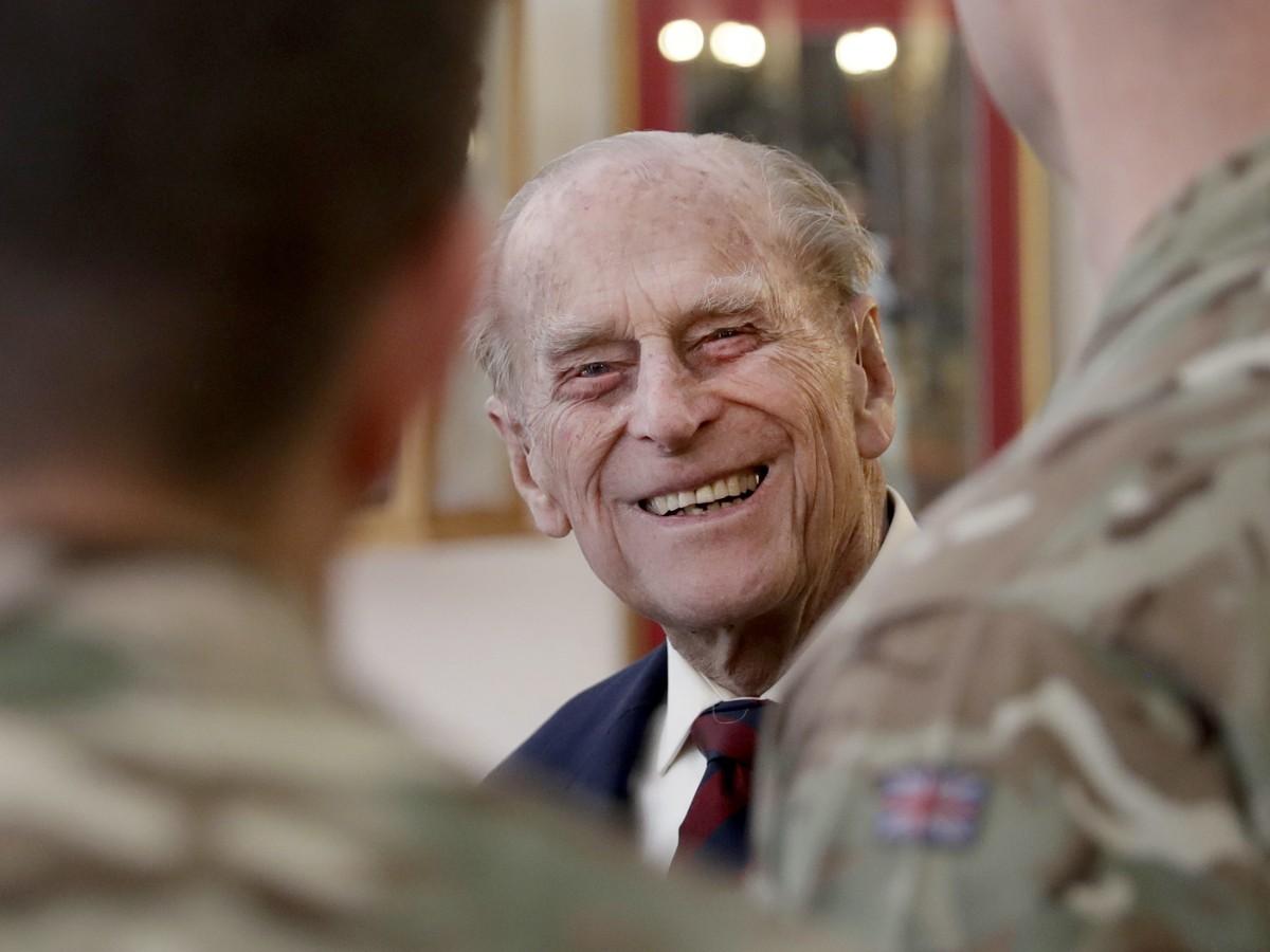 El príncipe Philip pasará el fin de semana en el hospital