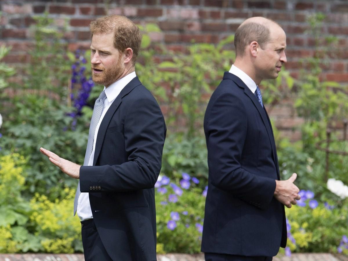 Continúan las revelaciones sobre los conflictos ente William y Harry