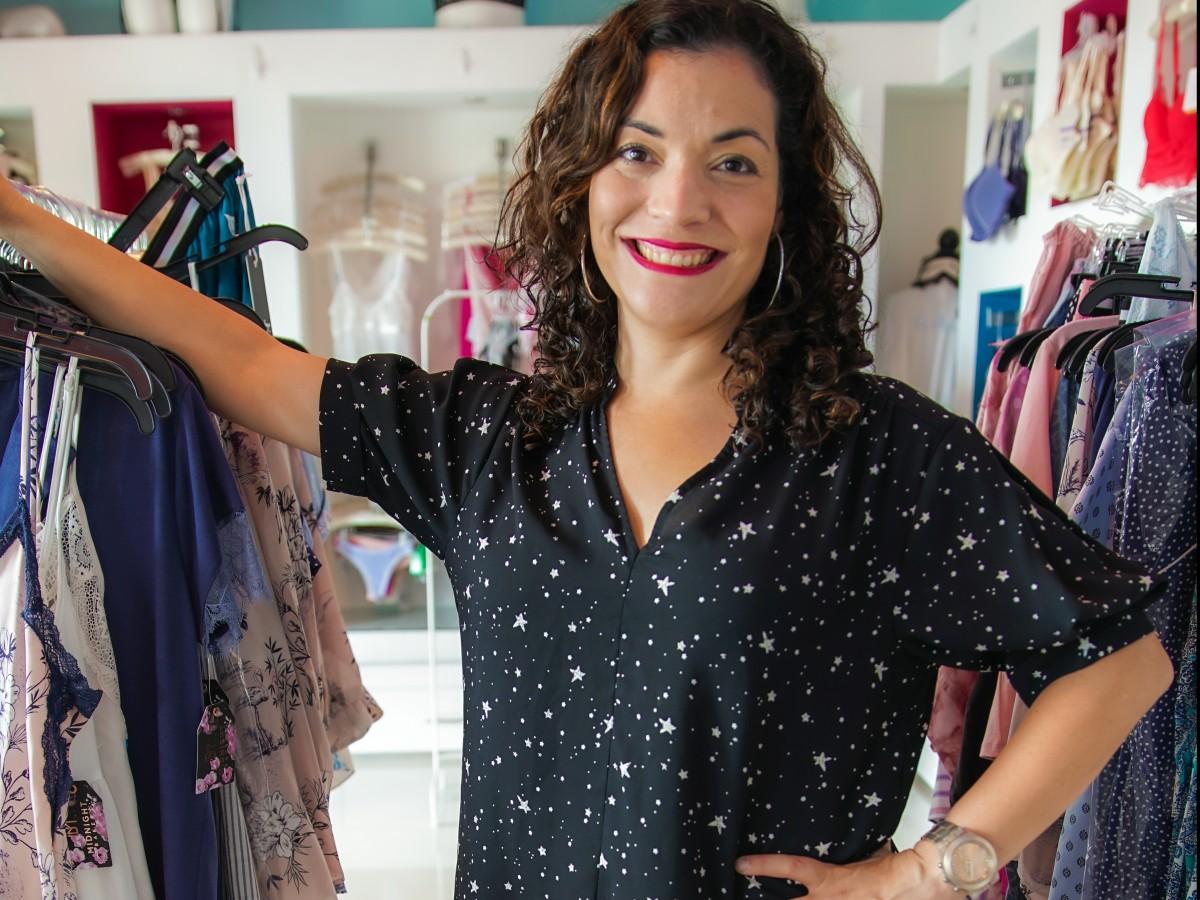 Nanette Rodríguez educa sobre la importancia de seleccionar la ropa interior adecuada