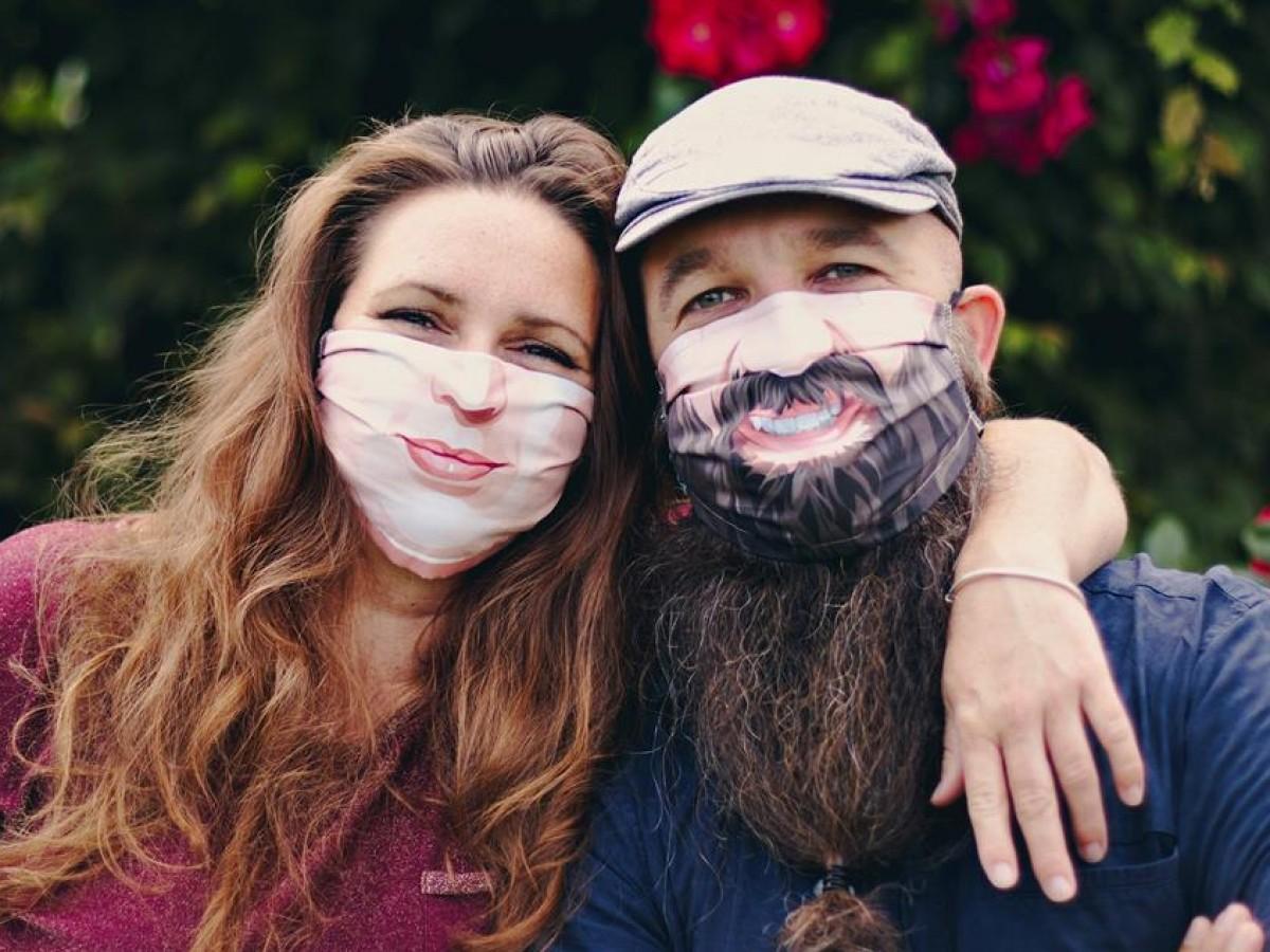 Crean mascarillas personalizadas a partir de fotografías de la cara